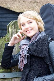 Tumor Lisanne (19) is terug, maar muziek geeft kracht