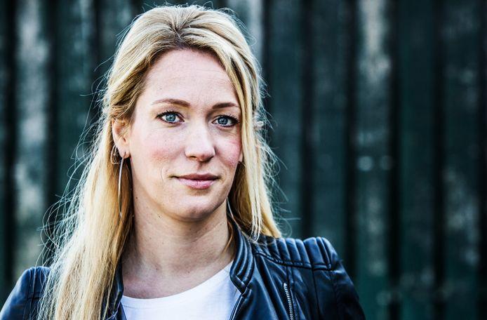 Helene Hendriks Tekent Voor Vijf Jaar Bij Talpa Show Bndestem Nl