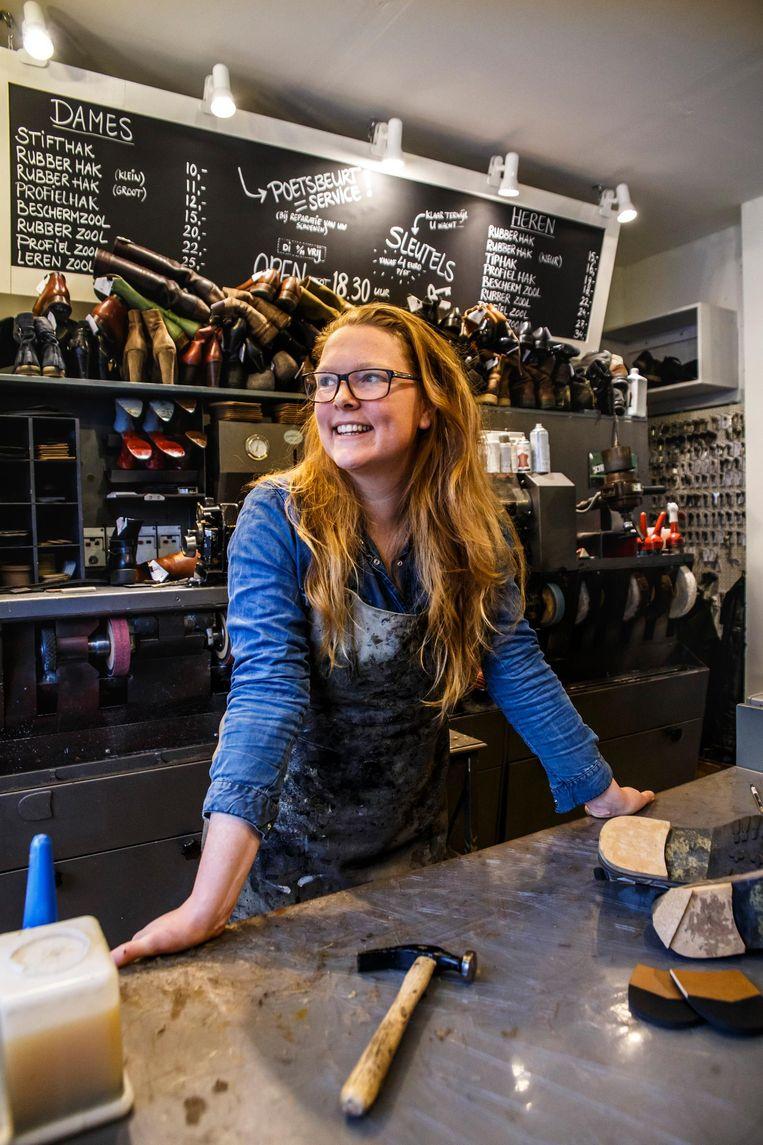 Marleen Dijkhoff: 'Laatst vroeg iemand of ik ook hakken kon maken!' Beeld Carly Wollaert