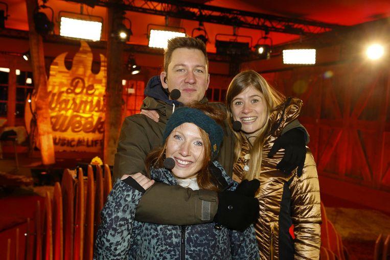 Presentatoren Bram Willems, Linde Merckpoel en Eva De Roo