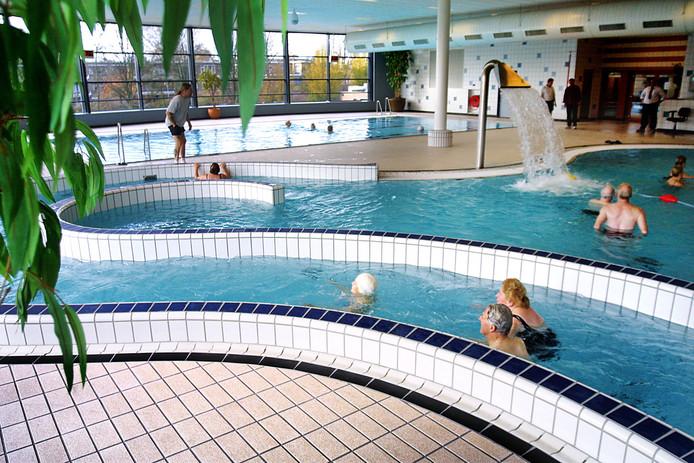 Zwembad Het Zuiderpark.Raddraaiers Krijgen Zeker 141 Keer Zwemverbod In Haagse