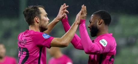 FC Utrecht bekert verder ondanks twee uitglijders van doelman Nijhuis in Dordrecht