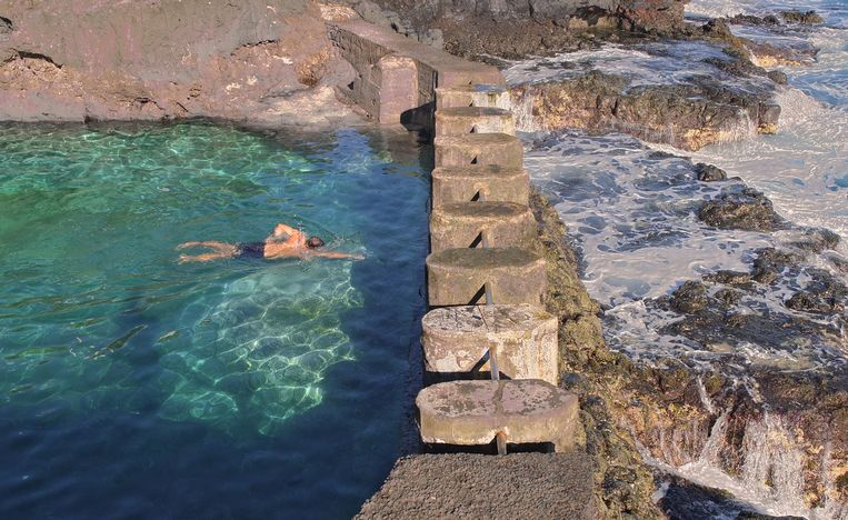 Piscinas Naturales Charco Azul (La Palma, Canarische eilanden, Spanje) Beeld Henk Sloos