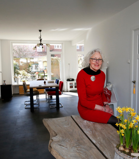 Met pijn in het hart verlaat Ria haar jaren 30-woning in Hoograven, want het is écht te groot voor haar alleen
