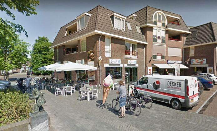 Lunchroom Lorkeers (Dorpsstraat 61A) in Hellendoorn is sinds maandag uit voorzorg gesloten vanwege de coronabesmetting van een medewerkster.