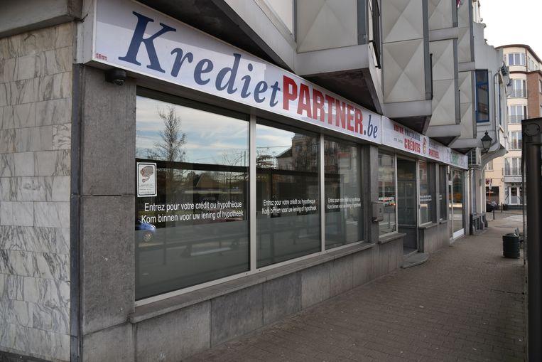 Het kantoor van Kredietpartner in Schaarbeek. Zo is er ook nog een in Luik en Charleroi