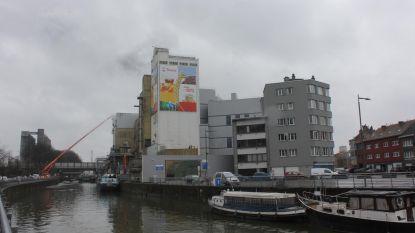 Fabriek stinkt van Arend tot Sint-Job