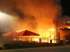Politie gaat uit van brandstichting bij Febo in Den Bosch