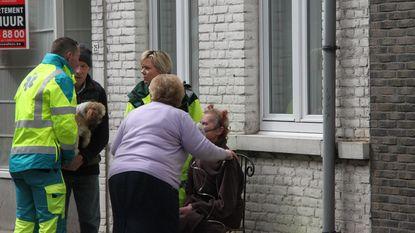 Vrouw gered uit flat in lichterlaaie