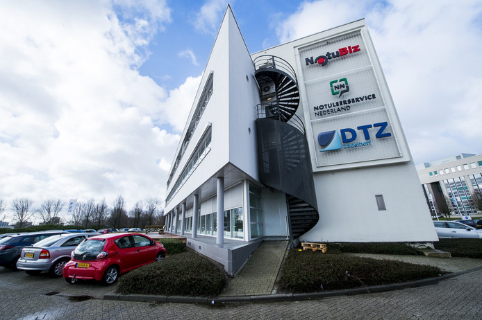 Bij NotuBiz op het Brainpark in Rotterdam werken 40 mensen. Het bedrijf is actief in heel Nederland en draait een omzet van zo'n 6 miljoen euro per jaar.