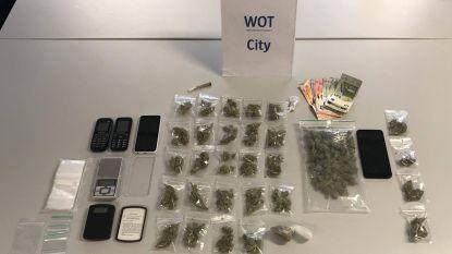 """Drie dealers opgepakt in Antwerpen-Noord: """"310 gram wiet en paar gram heroïne gevonden"""""""