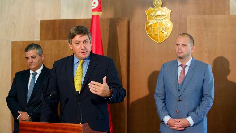 Vandeput, Jambon en Francken tijdens een vorige gezamenlijke missie in Tunesië.
