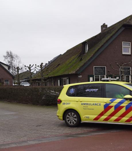 Gewonde bij manege in Bunschoten, traumaheli opgeroepen