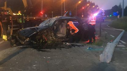"Twee doden na ""dubbele carjacking"" in Harelbeke, dader steekt ook vrouw neer"