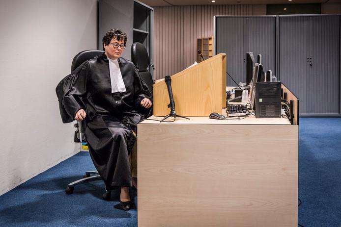 Officier van justitie Erna Vrijhoeven.