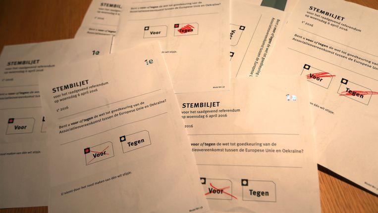 Stemformulieren op Schiermonnikoog. Beeld anp