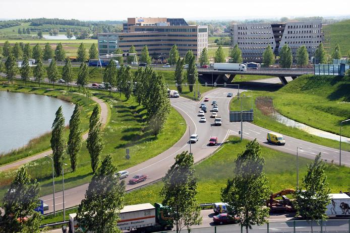 Verkeer op het Velperbroekcircuit bij Velp, Westervoort en Arnhem op archiefbeeld.