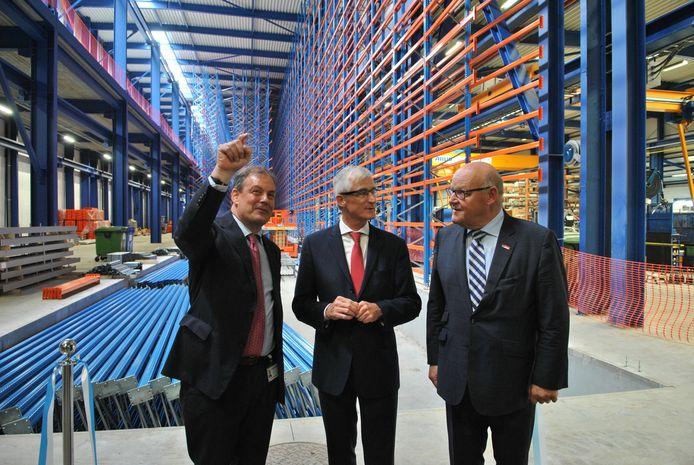 CEO Charles Beauduin leidde gisteren minister-president Geert Bourgeois en schepen Rudolf Scherpereel rond.