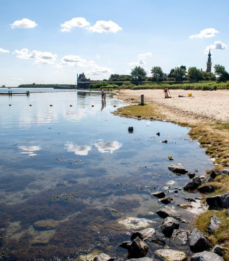 (Pssst...) Hier is het in Zeeland nog stil aan het water