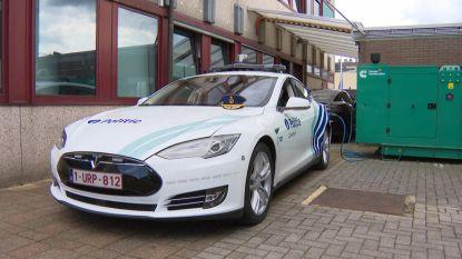 Van 0 tot 100 km/u in 4,5 seconden: eerste politie-Tesla in ons land is een feit