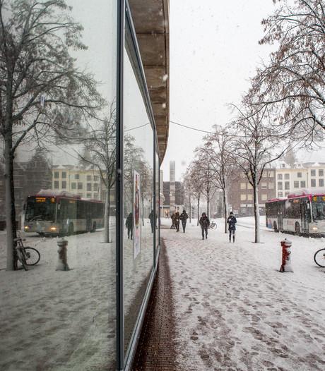 Busverkeer regio Arnhem-Nijmegen volledig platgelegd