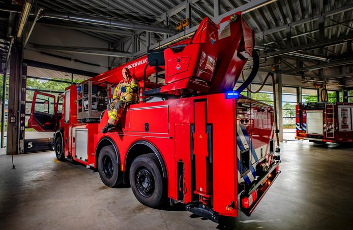 Wessel Willemsen is in zijn 'vrije tijd' bevelvoerder/manschap bij de brandweer Harderwijk.
