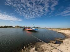 IJssel-veerponten vervoeren weer zware voertuigen