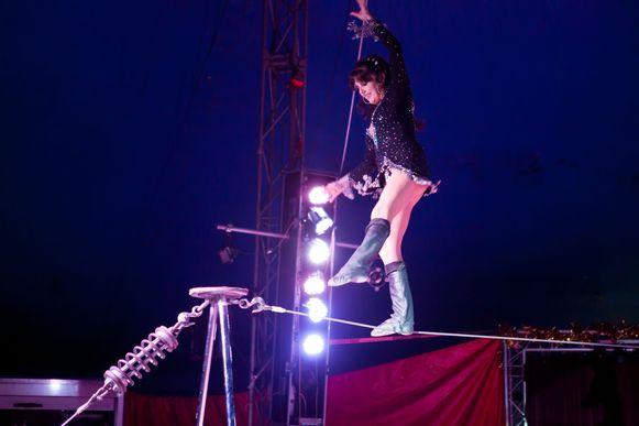Zo acrobatisch wordt het niet, maar kinderen leren wel de basis van de circussport