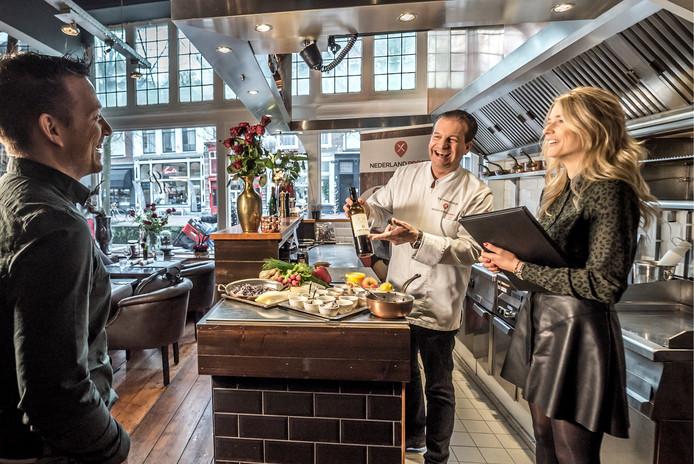Opnames RTL4 voor programma Nederland Proeft met Delftse chef-kok Ed Hoogendijk