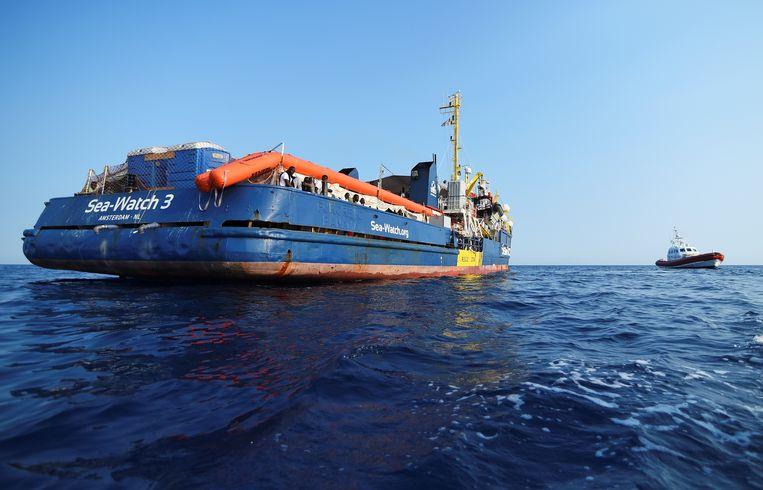 Het reddingsschip Sea Watch 3 Beeld Reuters
