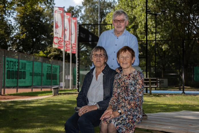Tennisclub 't Root in Asten bestaat 50 jaar.