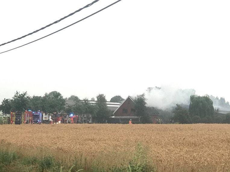 De brandweer kwam massaal ter plaatse.