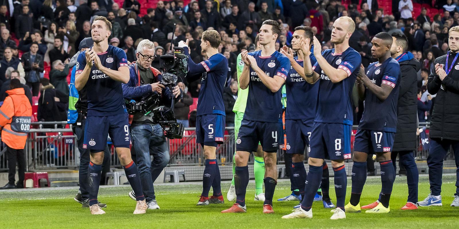 PSV ging dinsdag ten onder in Londen, waar de ploeg met 2-1 van Tottenham Hotspur verloor.