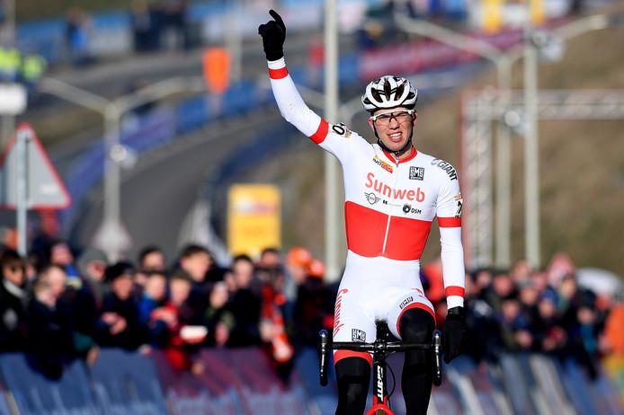 Joris Nieuwenhuis won afgelopen zondag de wereldbekercross van Hoogerheide. 'Ik ben nog nooit zo goed in vorm geweest.'