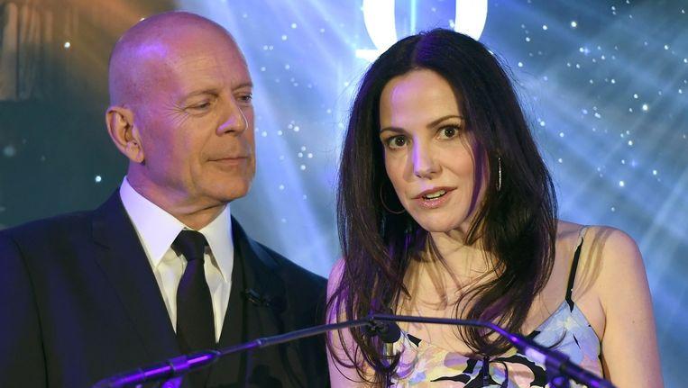 Actrice Mary-Louise Parker en acteur Bruce Willis tijdens de bekendmaking van de nominaties. Beeld anp