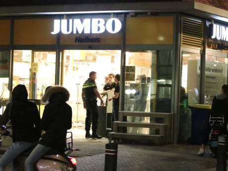 Gewapende overval op Jumbo in Veenendaal, daders vluchten op scooter