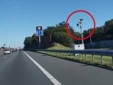 Bestuurders in verwarring door nieuwe 'flitspalen' op A28 bij Zwolle