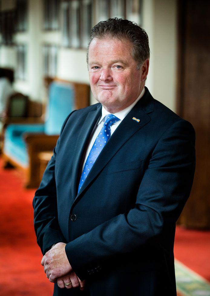 Peter van Dijk  van de PVV  in de Eerste Kamer.