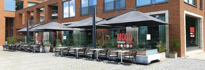 Horecagelegenheid MOOD Tilburg aan de Piushaven is overstag: de naam en het logo worden aangepast om verwarring met Mood Eindhoven én een rechtszaak te voorkomen.