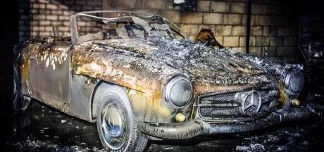 Weinig over oude Mercedes en caravans in Someren na uitslaande brand