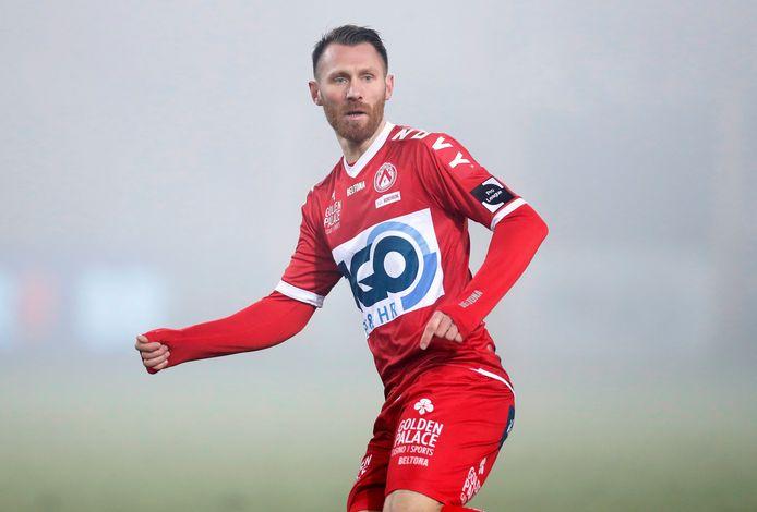 """Teddy Chevalier was in de Kortrijkse mist al meteen dicht bij een doelpunt: """"Het Belgisch voetbal ligt me het best."""""""