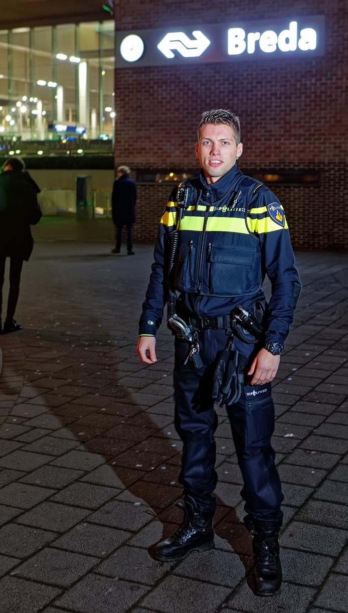 Maikel Kruis fietst als politievrijwilliger op donderdagavond vaak in de buurt van het Bredase station.