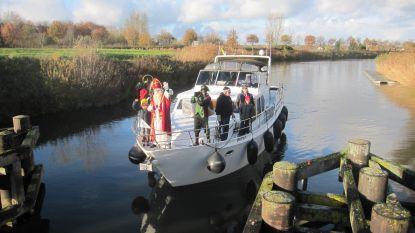 Sinterklaas en zijn pieten komen zondag met de boot naar het Sas