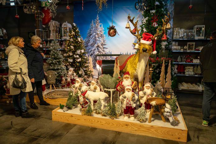 Bij Intratuin in Elst is het al volop Kerstmis.