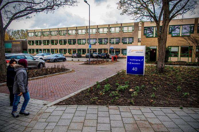 Het Emmauscollege in Rotterdam, waar een docent werd bedreigd.