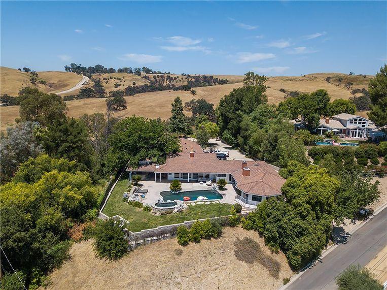 Kim en Kanye kochten de villa van hun voormalige buren.