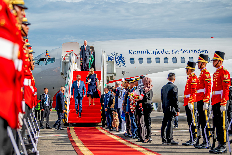 Gistermiddag arriveerden Willem-Alexander en Máxima in Jakarta voor een vierdaags staatsbezoek, met in hun kielzog een delegatie van ruim honderd Nederlandse bedrijven.