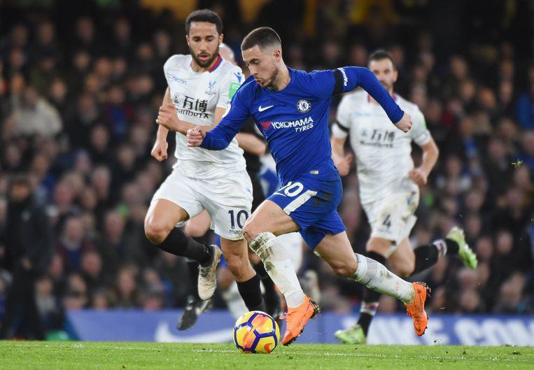 Hazard en Chelsea wonnen zaterdag met 2-1 van Crystal Palace.