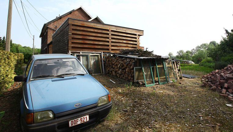 Het huis van Ronald Janssen in Loksbergen. De voormalige leraar krijgt nog altijd een maandwedde van 1.650 euro.