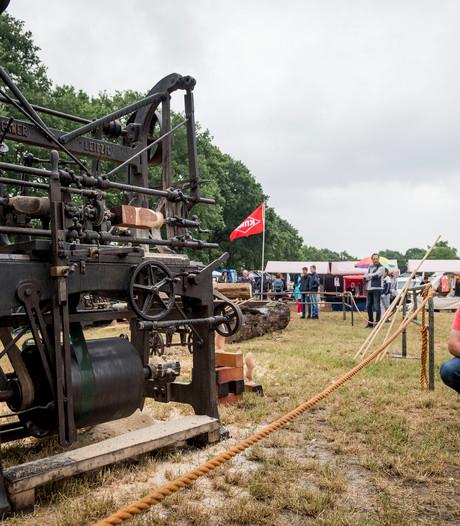 Grote drukte bij Oldtimerfestival in Saasveld